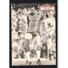 Signed picture of Alan Curtis the Wales footballer.