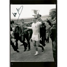 Signed photo of Alan Mullery the Tottenham Hotspur footballer.