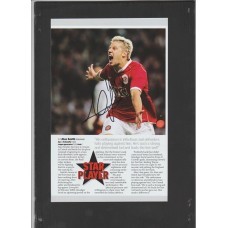 Signed picture of Alan Smith the Manchester United footballer.