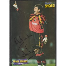 Signed picture of Frode Grodas the Chelsea footballer.