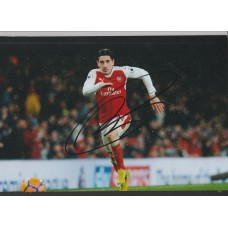 Signed photo of Hector Bellerin the Arsenal footballer.