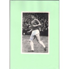 Signed picture of Manchester United footballer Jimmy Nicholson