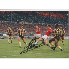 Signed photo of Lee Martin the Manchester United footballer.