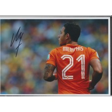 Signed photo of Memphis Depay the Netherland & Manchester United footballer.
