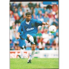 Signed picture of Chelsea footballer Roberto Di Matteo.