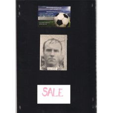 Signed picture of Ron Farmer the Notts County footballer.