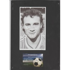 Signed picture of Terry Gibson the Manchester United footballer